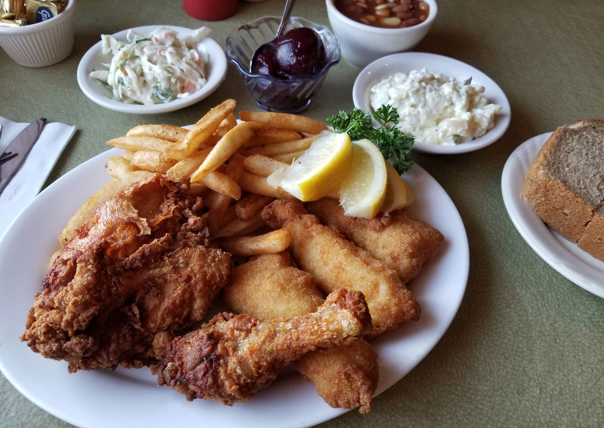 Donny's Girl Supper Club serves Wisconsin's finest Friday fish fry!